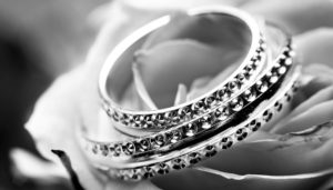 Image of Diakond Ring cleaned with Sparkle Again Diamond Cleaner