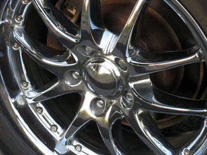 Image of chrome wheel - silver cleaner - Sparkle Again